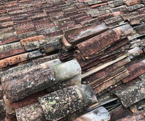 Tuiles anciennes, rénovation par Dominique Rénovation